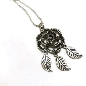 🌹 Silver Rose Necklace 🌹